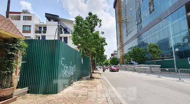 Nhà riêng lẻ 4 tầng hầm ở Hà Nội gây xôn xao từng bị xử phạt 2 lần ảnh 2