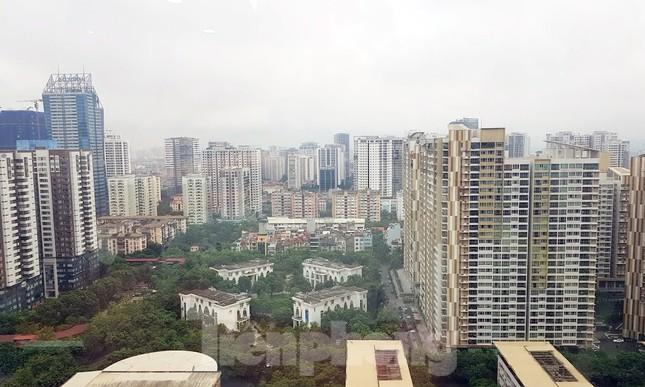 Hà Nội: Giá căn hộ vùng ven, ngoại thành được đẩy lên ngang ngửa khu trung tâm ảnh 1