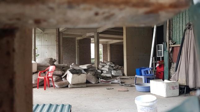 Bí ẩn khu nhà ở cán bộ bỏ hoang trên đất 'kim cương' Hà Nội ảnh 10