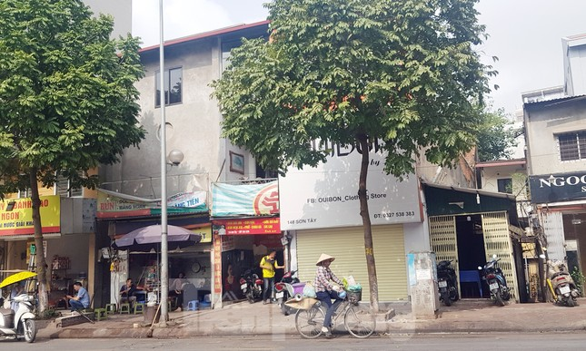 Sau chục năm sập mái, khu nhà cổ nguy hiểm ở Hà Nội chưa thể xây mới ảnh 1