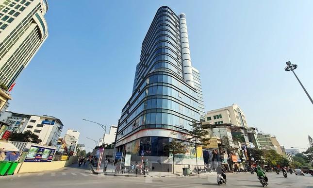 Chuyển tòa nhà văn phòng thành căn hộ khách sạn khi chưa đủ điều kiện ảnh 1