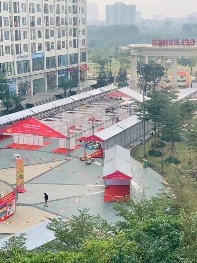 Dừng hội chợ Tết 'khủng' tại khu chung cư vạn dân ở Hà Nội ảnh 2