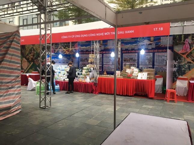 Dừng hội chợ Tết 'khủng' tại khu chung cư vạn dân ở Hà Nội ảnh 4