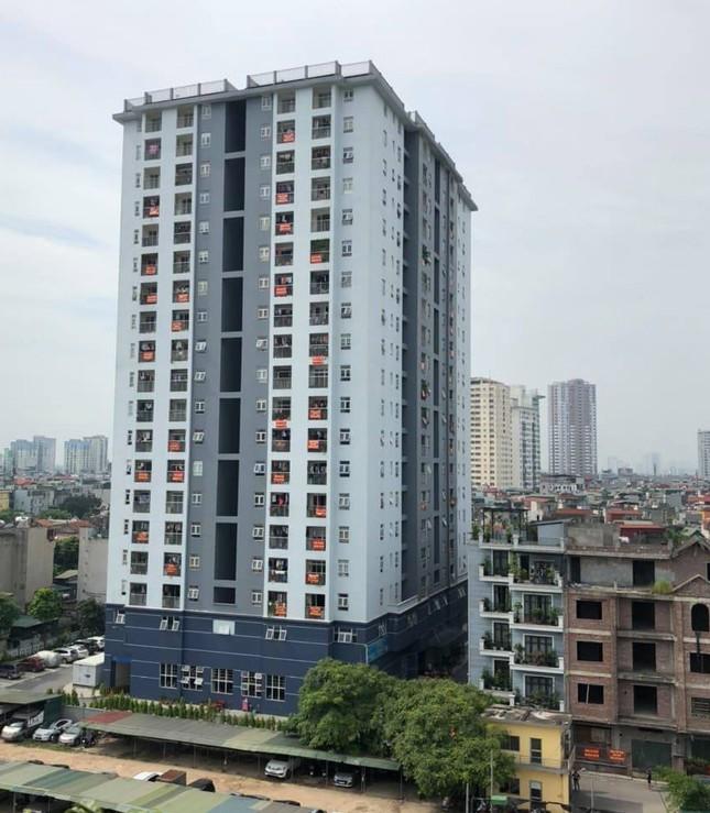 Điều tra chủ khu chung cư ở Hà Nội lừa dối khách hàng, bán hết nhà chưa nộp tiền đất ảnh 1