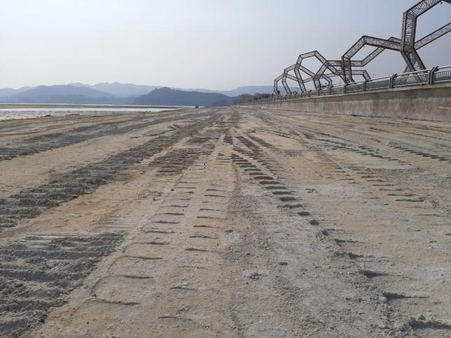 Lấn chiếm vịnh trái phép, chủ dự án BĐS 'hot' nhất Vân Đồn buộc trả nguyên trạng ảnh 1
