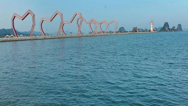 Lấn chiếm vịnh trái phép, chủ dự án BĐS 'hot' nhất Vân Đồn buộc trả nguyên trạng ảnh 3