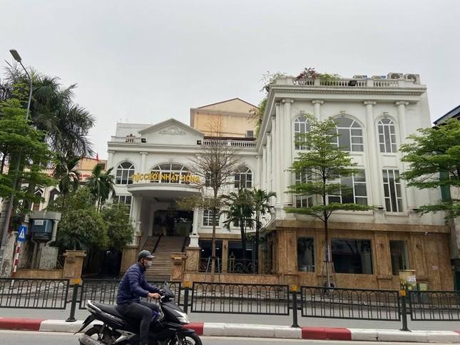 Hà Nội sắp có 5 đại đô thị nhà giá rẻ, lộ sai phạm thuê 'đất vàng' làm trung tâm tiệc cưới ảnh 3