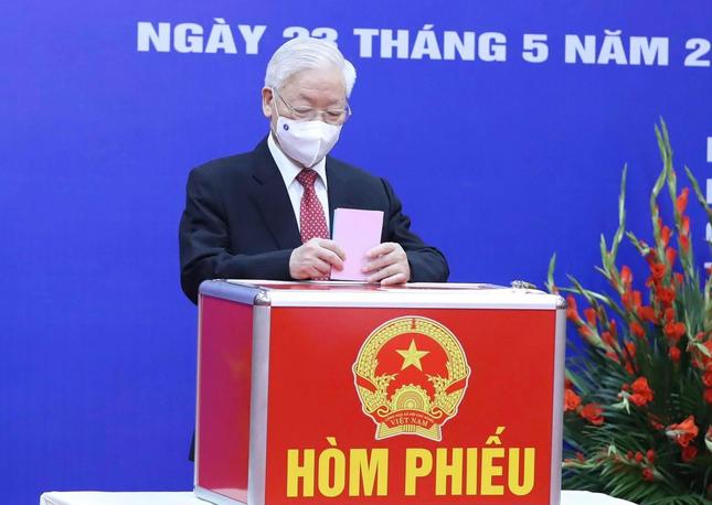 Tổng Bí thư Nguyễn Phú Trọng: Cuộc bầu cử có quy mô lớn nhất từ trước đến nay ảnh 1