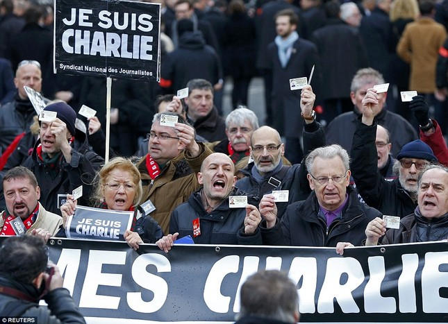 [ẢNH] 50 lãnh đạo thế giới tuần hành chống khủng bố ở Pháp ảnh 13
