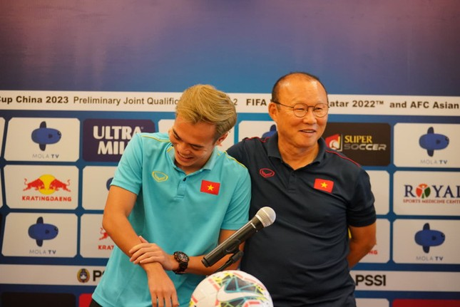 Văn Toàn chưa hài lòng với phong độ trước trận gặp Indonesia ảnh 1