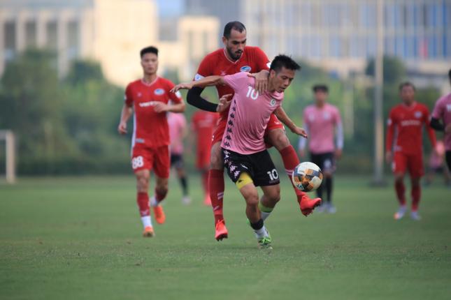 Chung kết Cup QG: Viettel lo Quang Hải, Hà Nội sợ trời mưa ảnh 1