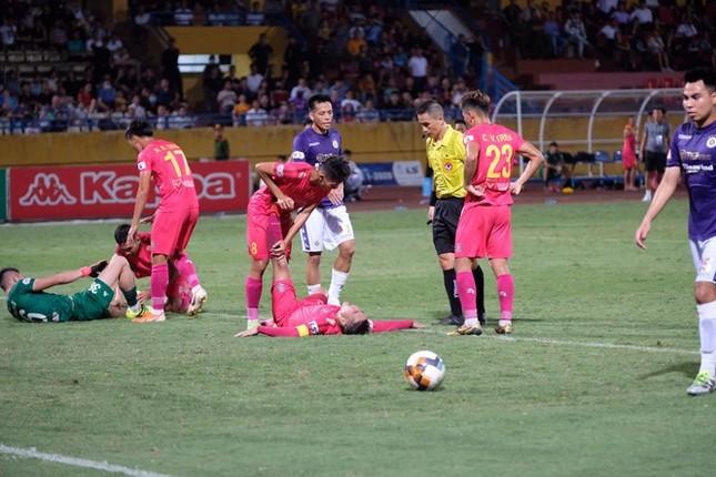 CLB Hà Nội có thể trở thành 'cựu vương' ở vòng 6 LS V-League ảnh 1