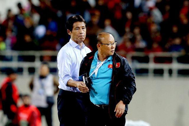 Đối thủ của ông Park Hang Seo 'khó thở' vì truyền thông Thái Lan ảnh 1