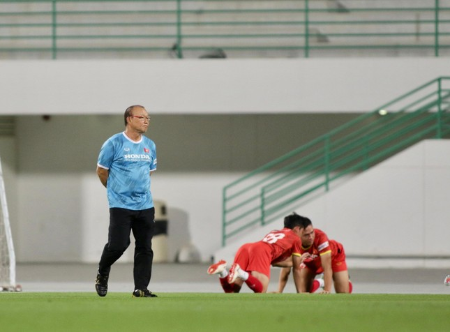Thủ môn Đặng Văn Lâm bị loại khỏi đội tuyển Việt Nam ảnh 1