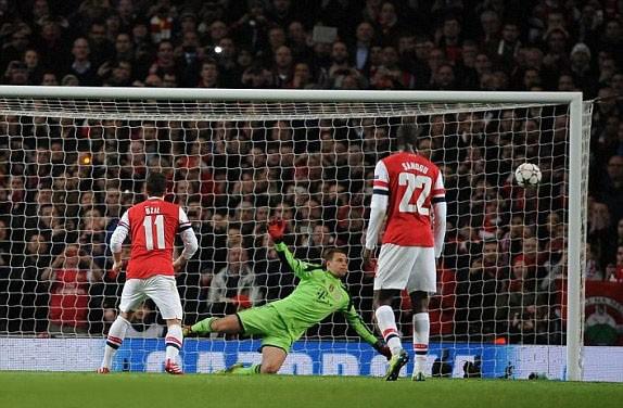 Hạ Arsenal, Bayern đặt một chân vào tứ kết ảnh 8