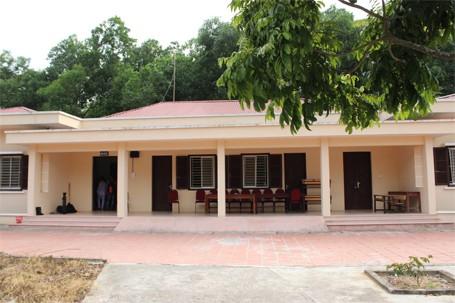 Trẻ em chùa Bồ Đề bỡ ngỡ trong 'ngôi nhà mới' ảnh 1