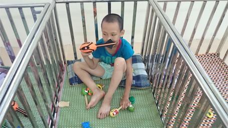 Trẻ em chùa Bồ Đề bỡ ngỡ trong 'ngôi nhà mới' ảnh 4
