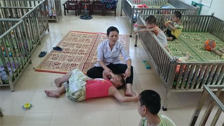 Trẻ em chùa Bồ Đề bỡ ngỡ trong 'ngôi nhà mới' ảnh 6