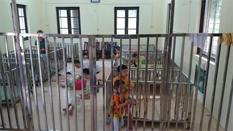 Trẻ em chùa Bồ Đề bỡ ngỡ trong 'ngôi nhà mới' ảnh 7