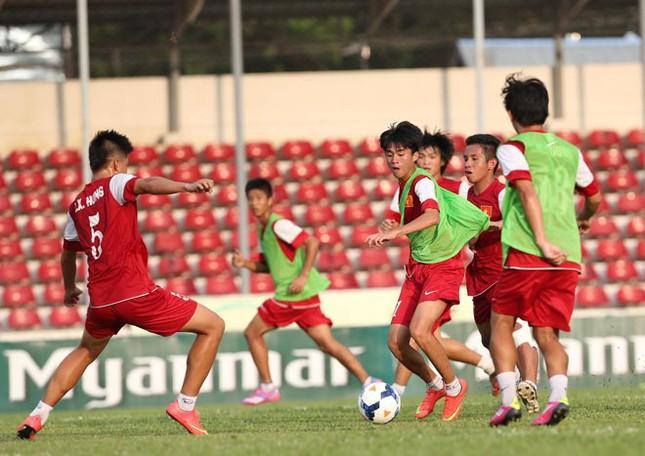 [ẢNH] U19 Việt Nam đội nắng luyện binh trước giờ ra trận ảnh 6