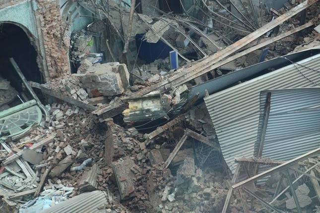 Sập nhà cũ ở Hà Nội, hai người tử vong dưới đống đổ nát ảnh 25