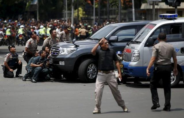 Tiêu diệt và bắt giữ 9 nghi phạm đánh bom rúng động Jakarta ảnh 3