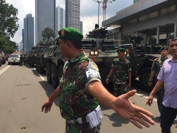 Tiêu diệt và bắt giữ 9 nghi phạm đánh bom rúng động Jakarta ảnh 5