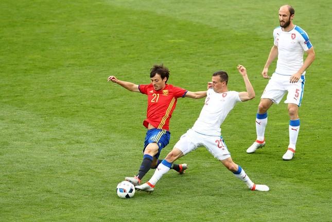 Tây Ban Nha vs CH Czech (1-0): Cứu tinh Pique ảnh 13
