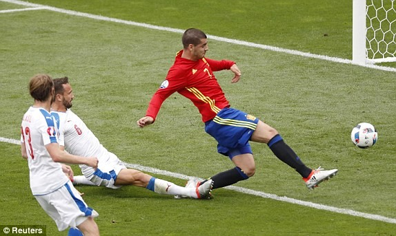 Tây Ban Nha vs CH Czech (1-0): Cứu tinh Pique ảnh 16