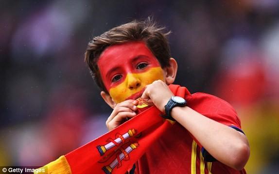 Tây Ban Nha vs CH Czech (1-0): Cứu tinh Pique ảnh 2