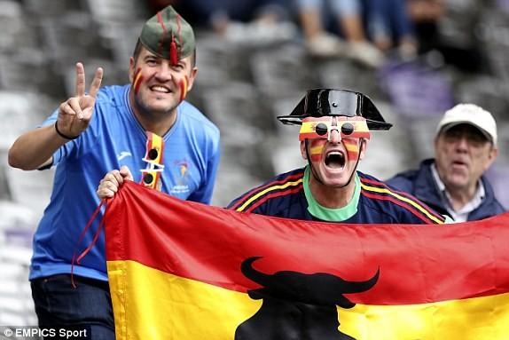 Tây Ban Nha vs CH Czech (1-0): Cứu tinh Pique ảnh 3