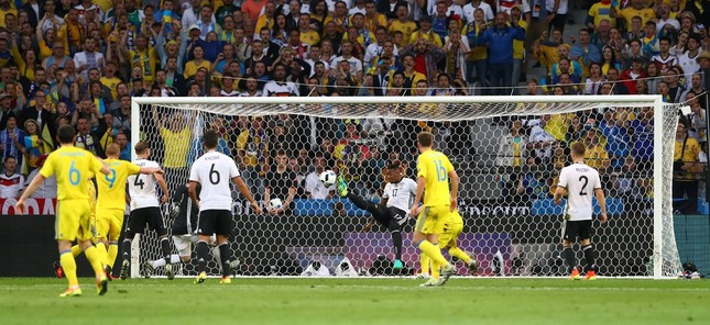 Đức vs Ukraine (2-0): Nhà vô địch khởi đầu thuận lợi ảnh 13