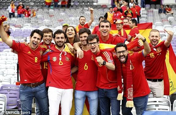 Tây Ban Nha vs CH Czech (1-0): Cứu tinh Pique ảnh 4