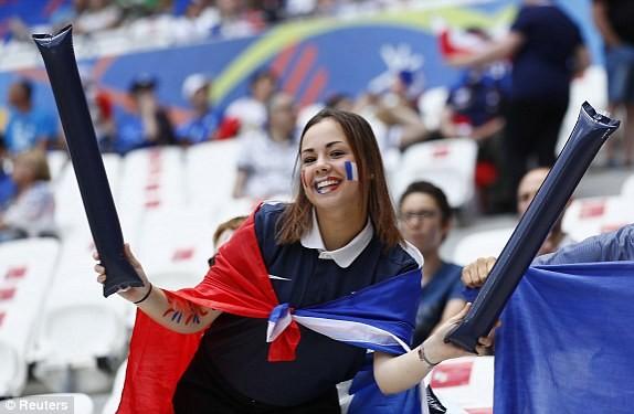 Griezmann lập cú đúp, Pháp ngược dòng thắng CH Ireland ảnh 17