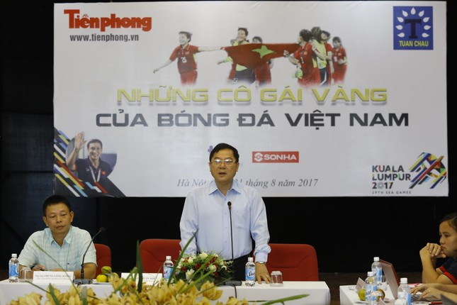 Giao lưu trực tuyến với những 'cô gái vàng' bóng đá Việt ảnh 1