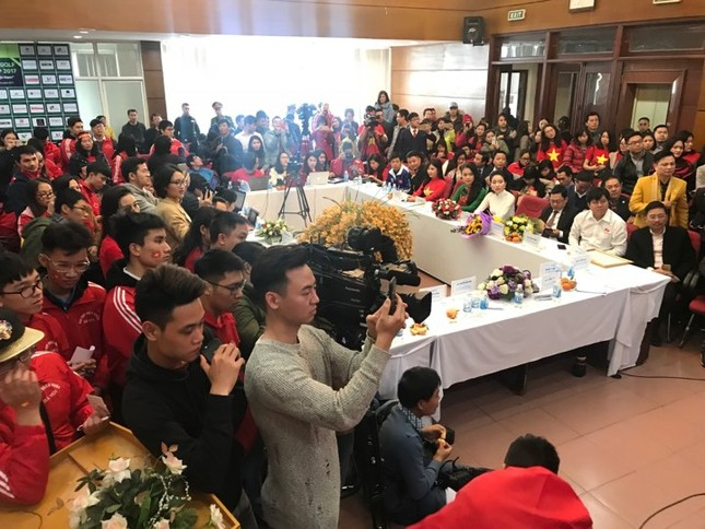 U23 Việt Nam: 'Không quản mưa tuyết, cứ ra sân là 'chiến' thôi' ảnh 26