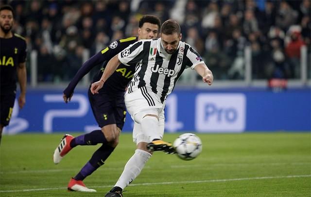 Thắng '4 sao', Man City đặt một chân vào tứ kết Champions League ảnh 1