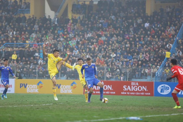Clip: Cận cảnh 'bàn thắng vàng' giúp Quảng Nam đoạt Siêu cúp ảnh 1