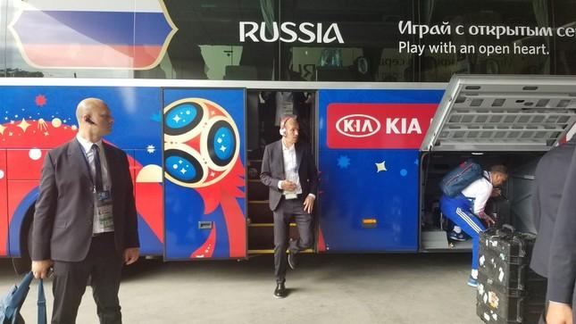 Nga thắng Saudi Arabia '5 sao' ở trận khai mạc World Cup ảnh 1