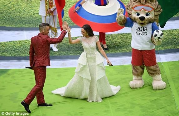 Nước Nga tưng bừng náo nhiệt khai hội World Cup 2018 ảnh 59
