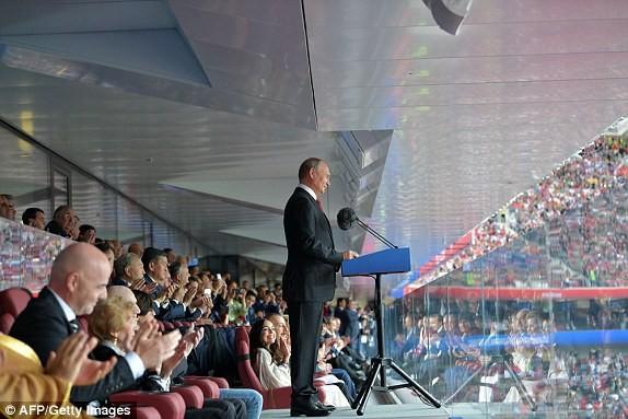 Nước Nga tưng bừng náo nhiệt khai hội World Cup 2018 ảnh 63