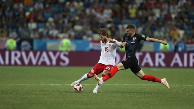 Croatia vào tứ kết sau trận thắng 'vỡ tim' trên chấm 11m ảnh 24