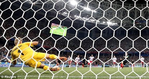 Croatia vào tứ kết sau trận thắng 'vỡ tim' trên chấm 11m ảnh 29