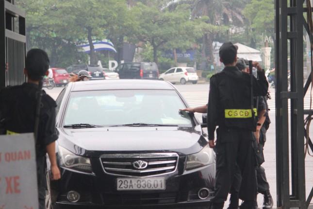Olympic Việt Nam đã về tới sân bay Nội Bài ảnh 38