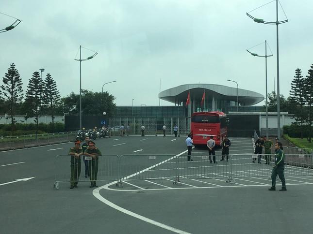 Olympic Việt Nam đã về tới sân bay Nội Bài ảnh 15