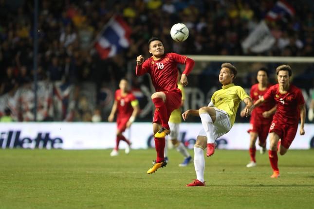 Anh Đức ghi bàn phút bù giờ, tuyển Việt Nam hạ Thái Lan vào chung kết King's Cup ảnh 15