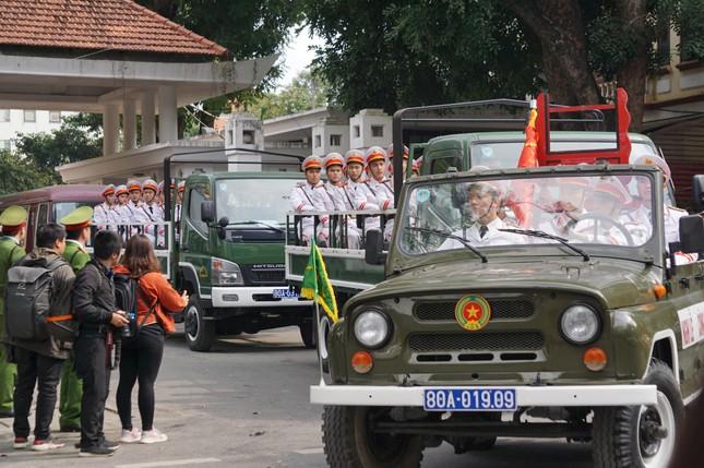 Tiễn biệt 3 liệt sĩ công an hy sinh ở Đồng Tâm ảnh 36