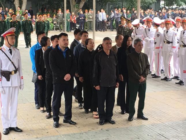 Tiễn biệt 3 liệt sĩ công an hy sinh ở Đồng Tâm ảnh 17