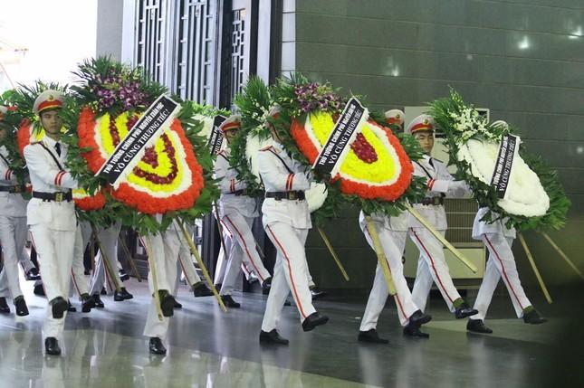 Tiễn biệt 3 liệt sĩ công an hy sinh ở Đồng Tâm ảnh 6