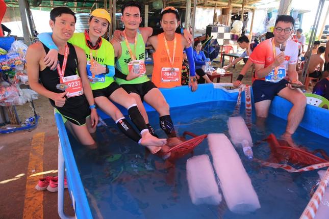 Tiền Phong Marathon 2020: Chiếc bể ngâm đá đặc biệt ở Lý Sơn ảnh 1